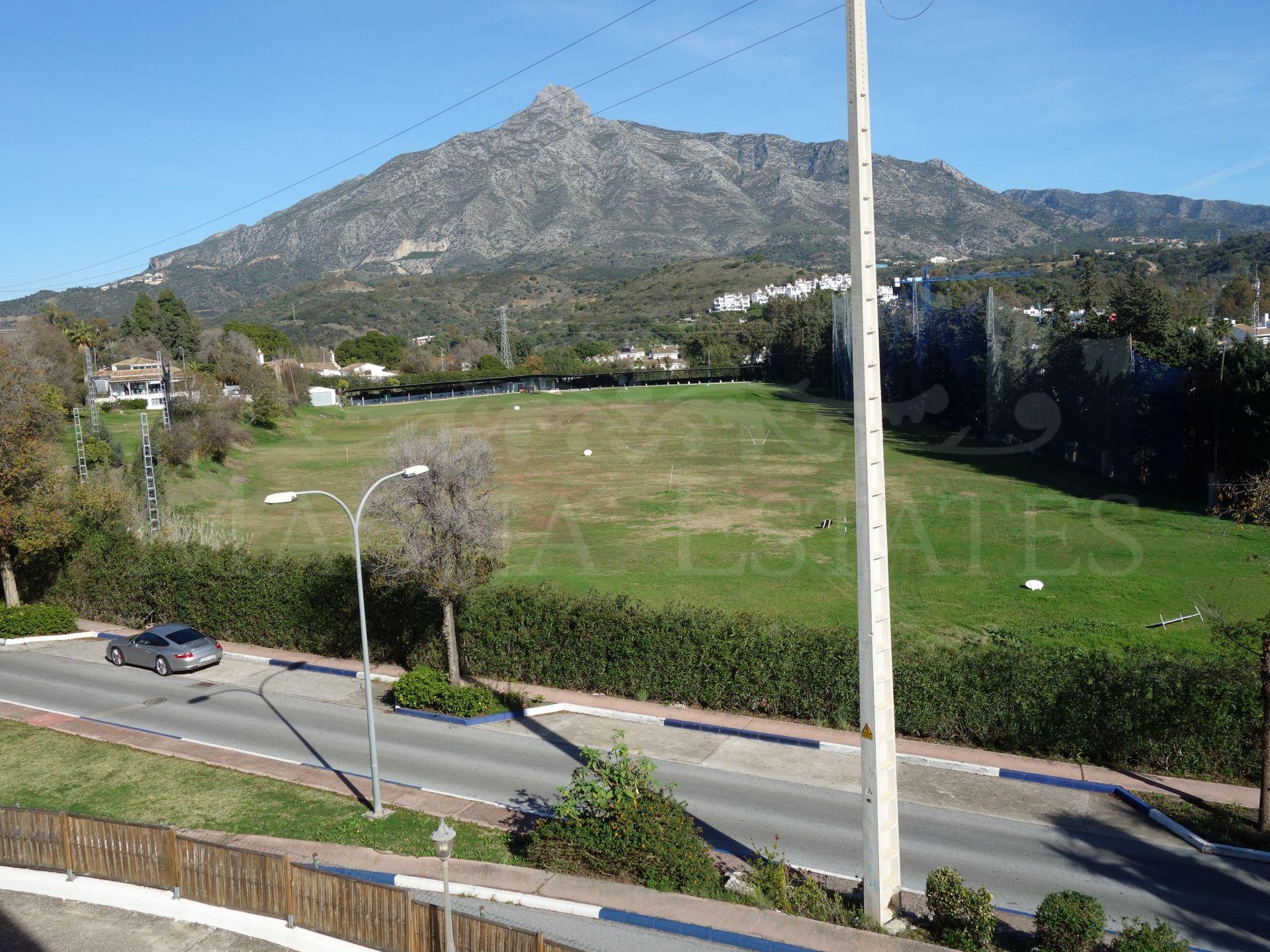 Adosada en Los Olivos, Nueva Andalucía
