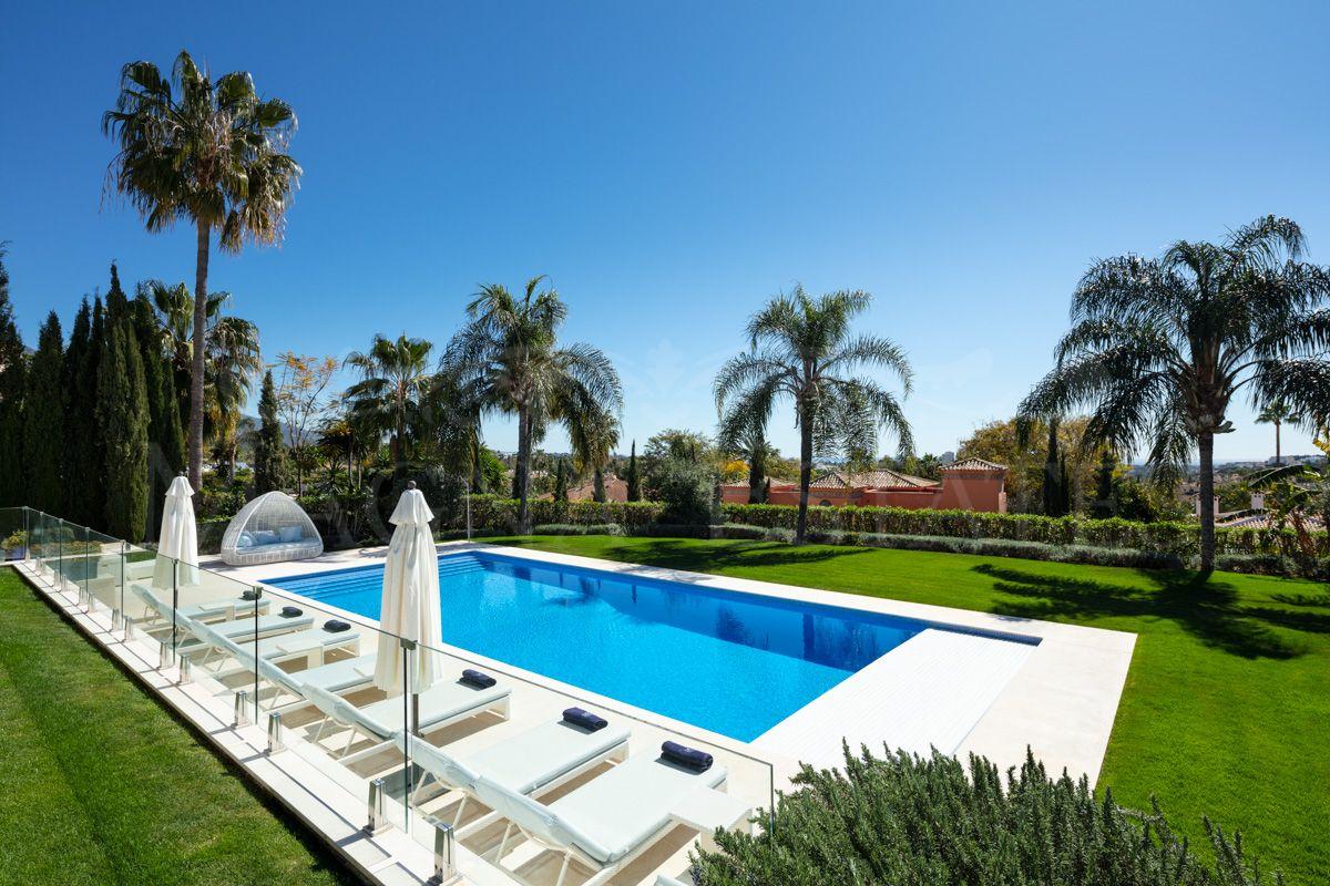 Large villa in La Cerquilla, in the heart of Nueva Andalucía, Marbella
