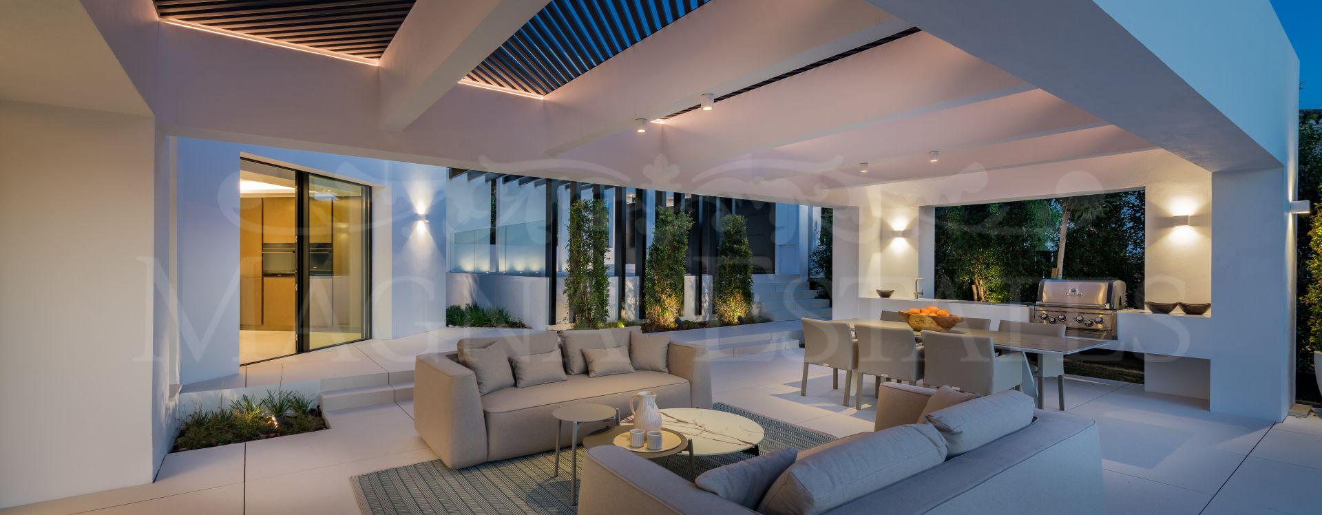 Fully renovated villa in Nueva Andalucía, next to Las Brisas golf