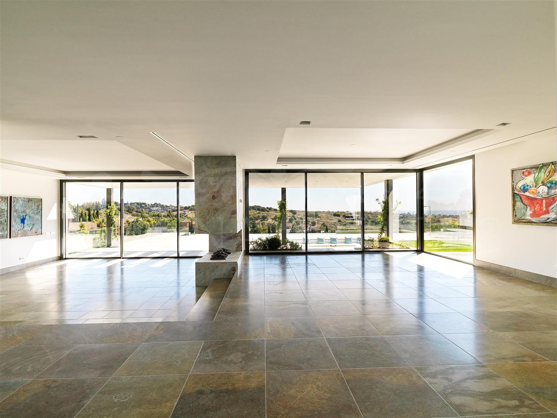 Villa de nueva construcción en Los Flamingos, Benahavís