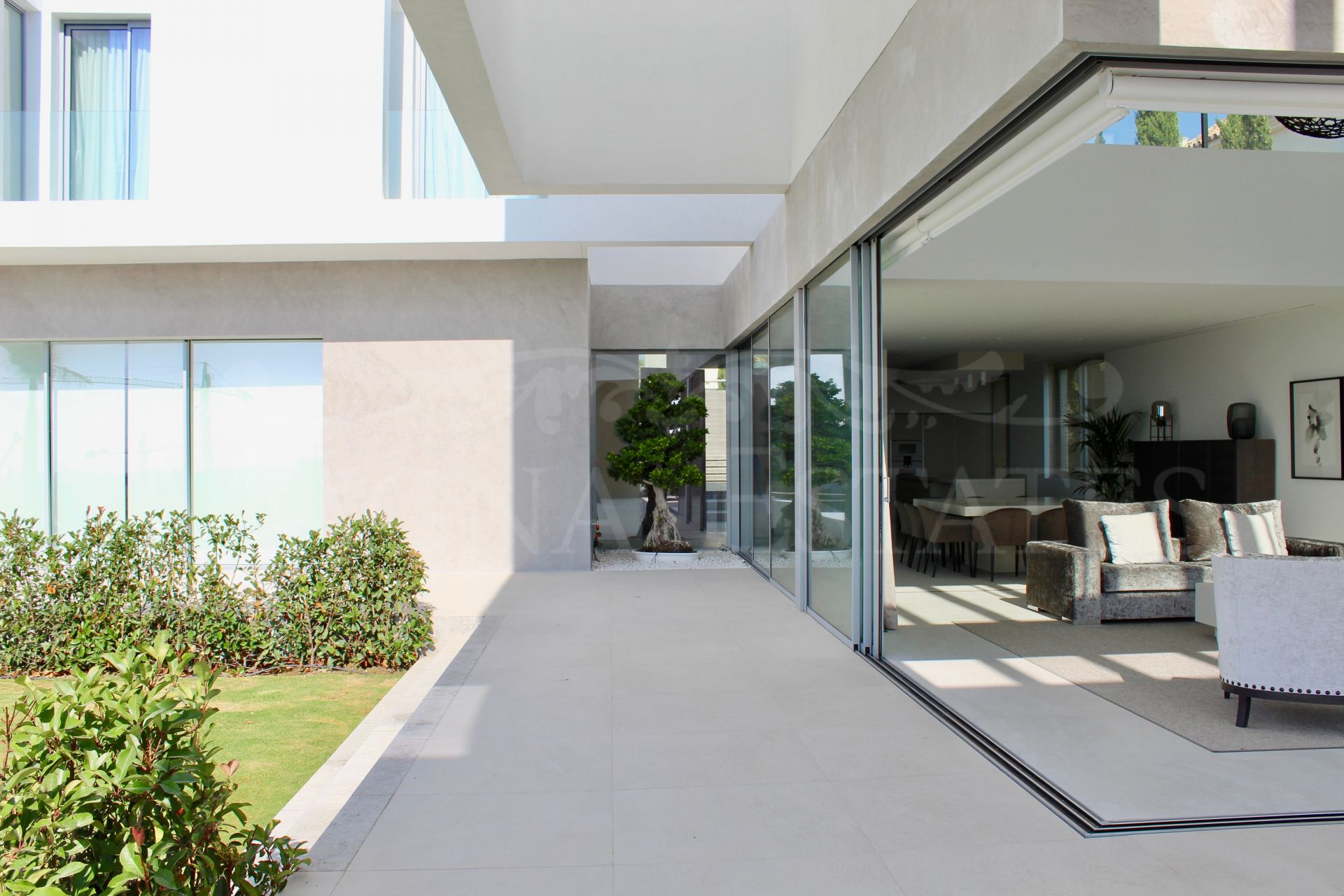 Contemporary design villa with panoramic views at Los Flamingos Golf Resort