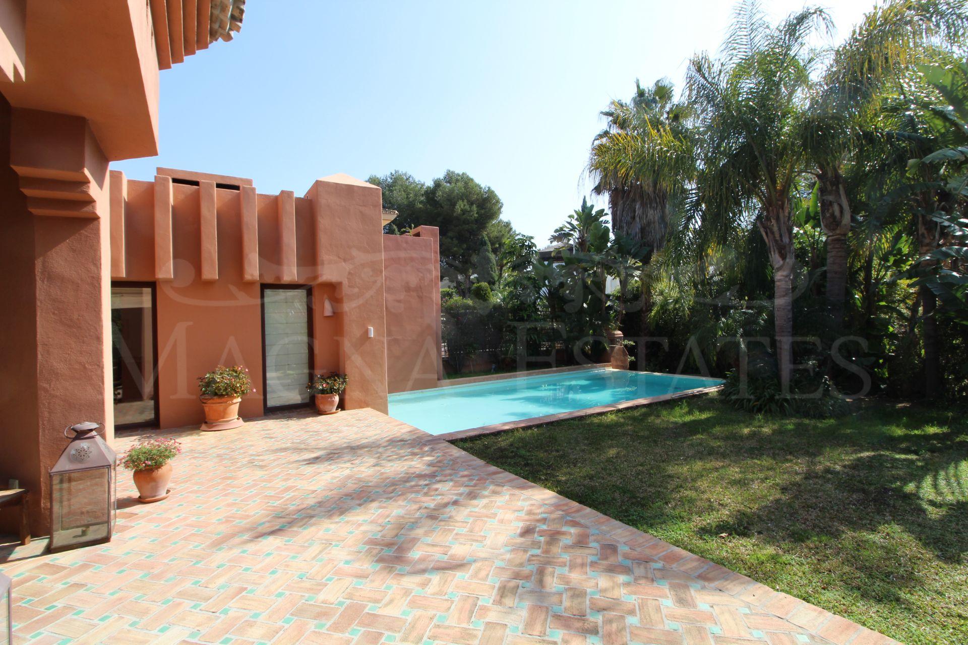 High class villa in Atalaya de Río Verde, Nueva Andalucia,