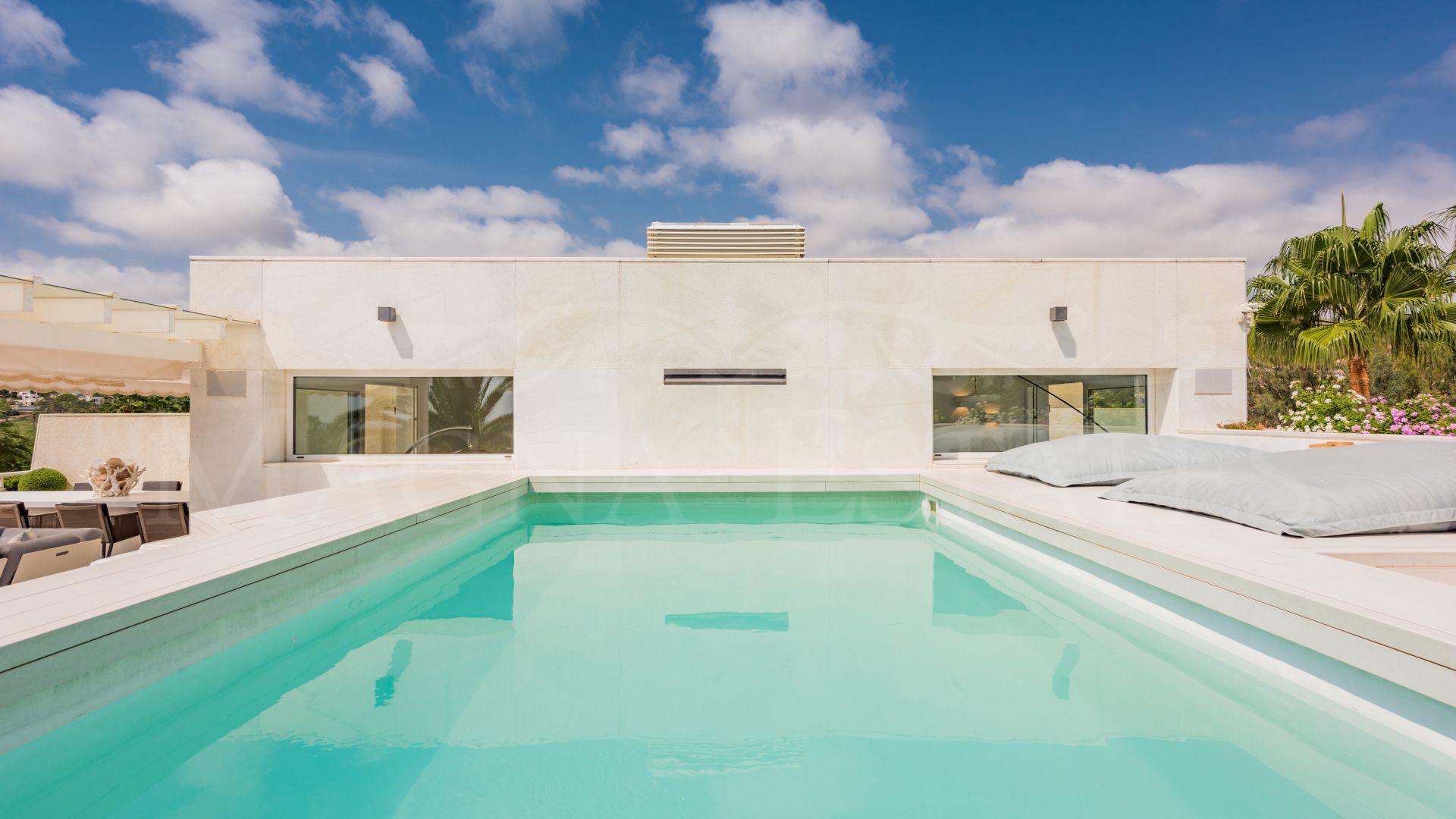 Stunning duplex penthouse on the edge of Las Brisas Golf, Nueva Andalucía, Marbella
