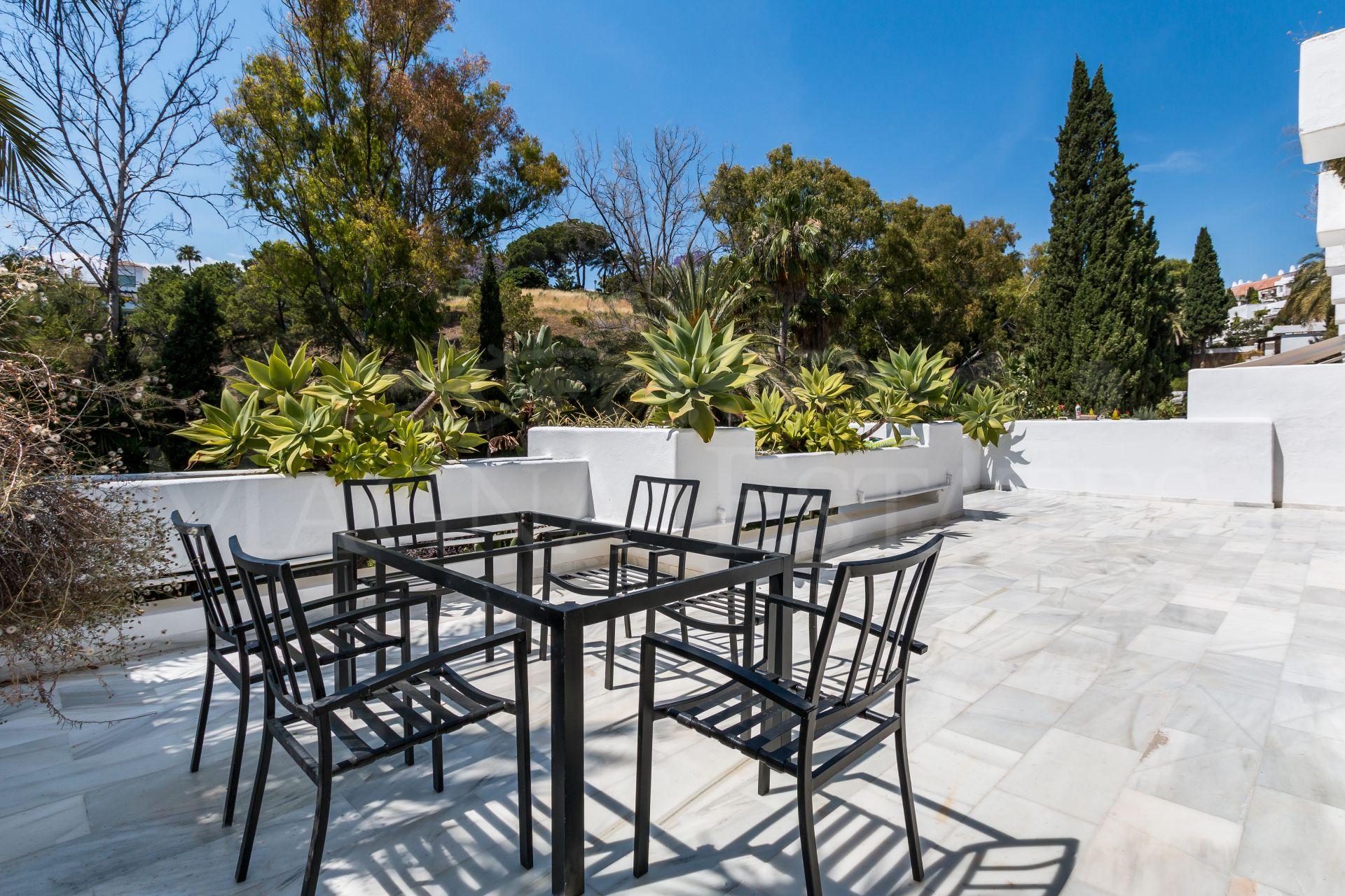 Newly renovated apartment in Las Lomas del Marbella Club