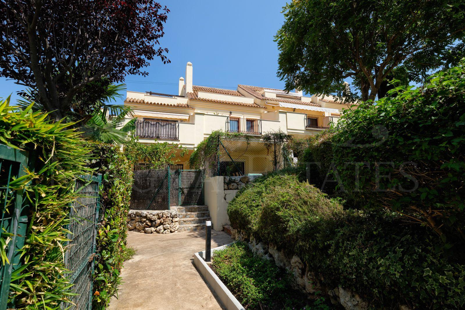 Townhouse in Hacienda El Palmeral, in Nueva Andalucía, Marbella