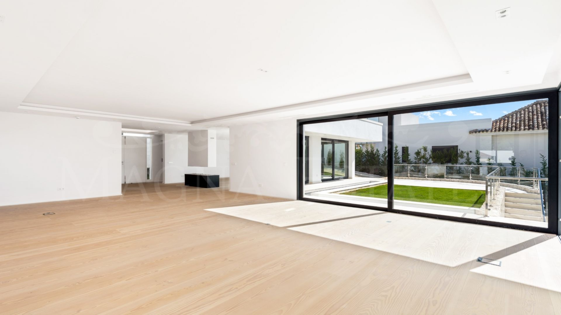 Large newly built villa in Haza del Conde, Nueva Andalucía