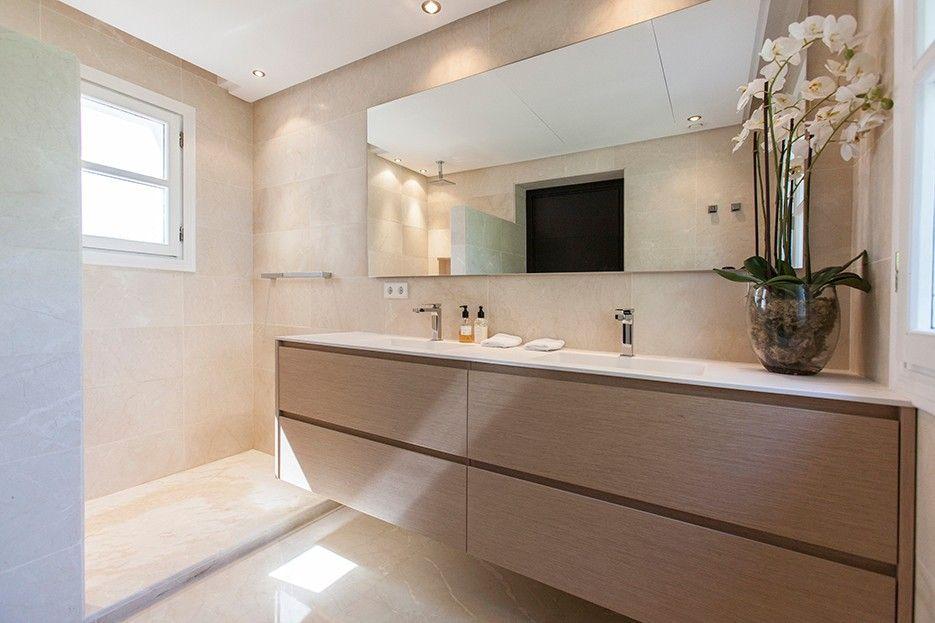 Villa for rent in La Carolina, Marbella Golden Mile, Marbella