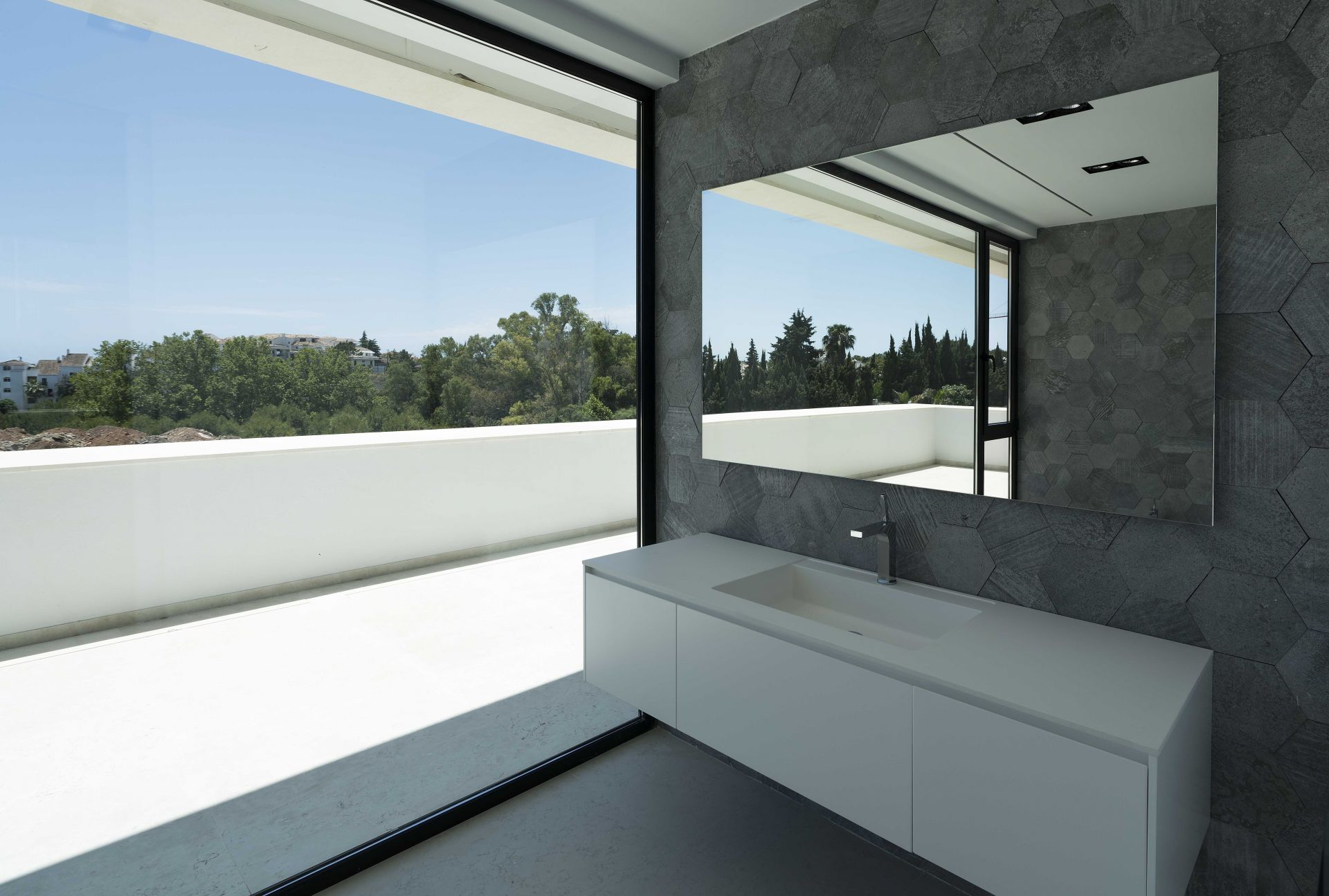 Villa for sale in Altos de Puente Romano, Marbella Golden Mile, Marbella