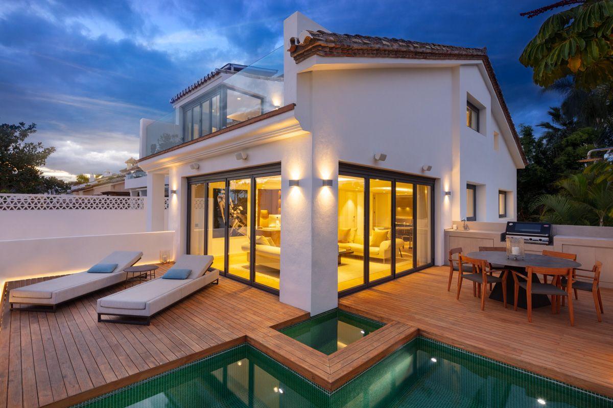 Semi Detached Villa for sale in Puente Romano, Marbella Golden Mile, Marbella