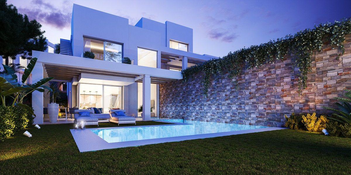 Semi Detached Villa  in Cabopino, Marbella East, Marbella