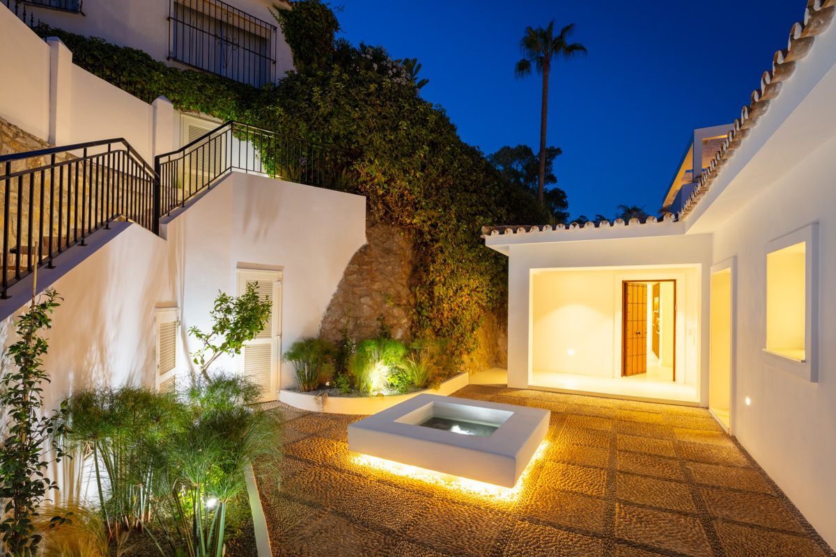 Villa for rent in Los Verdiales, Marbella Golden Mile, Marbella