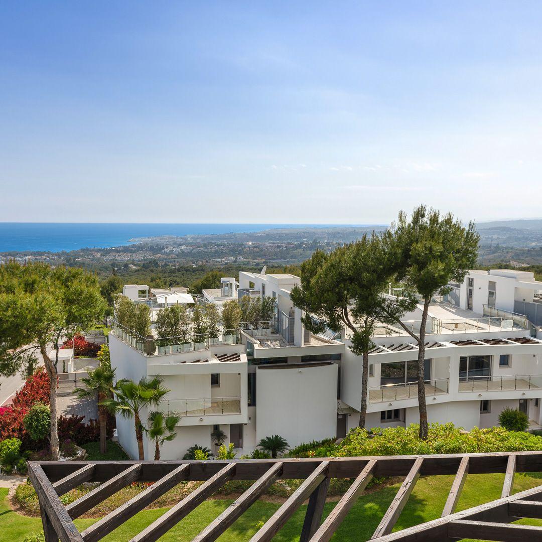 Semi Detached House  in Marbella Golden Mile, Marbella