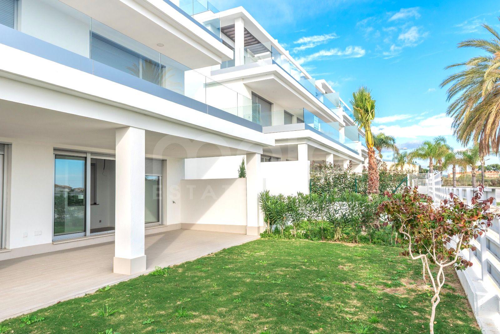 Appartement begane grond te koop in Cancelada, Estepona
