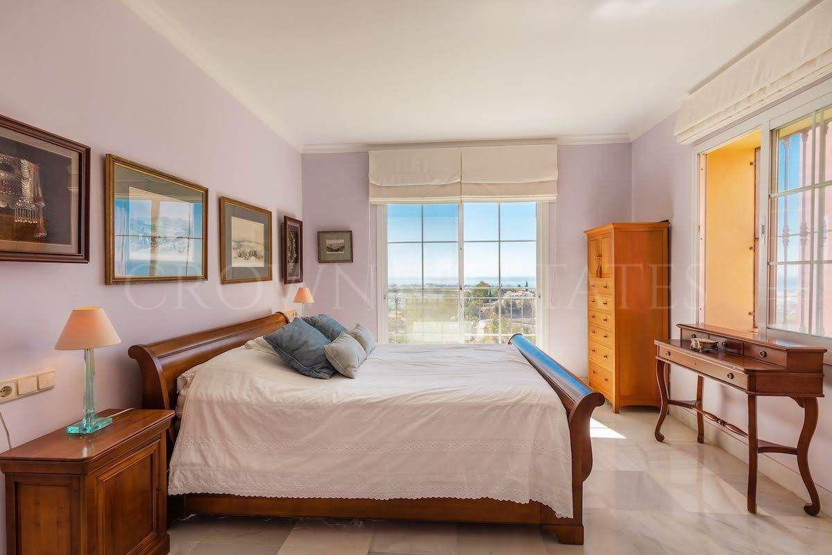 Apartment for sale in Monte Halcones, Benahavis