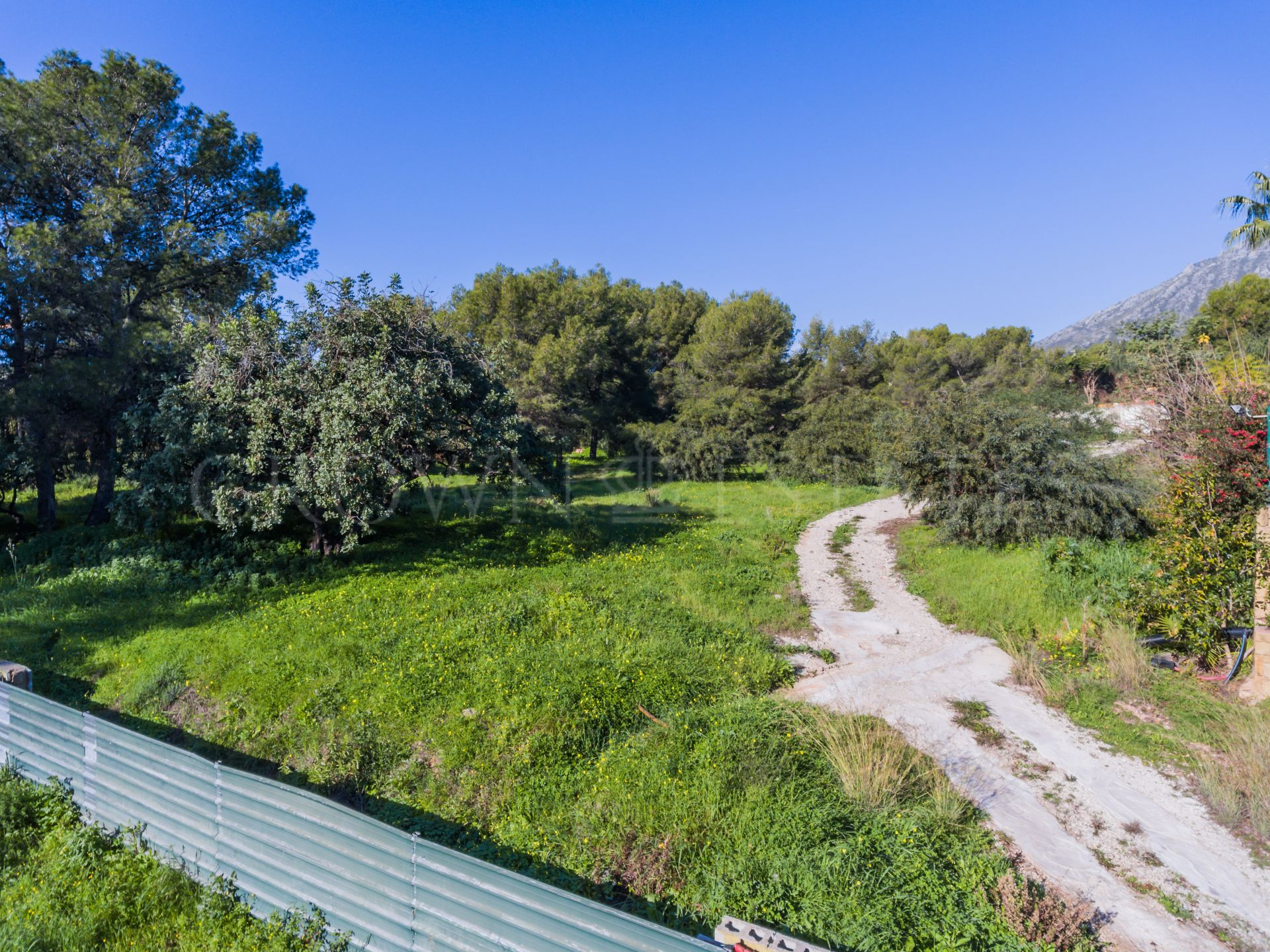 Fabuous Large Plot with Sea Views in La Quinta de Sierra Blanca, Marbella Golden Mile