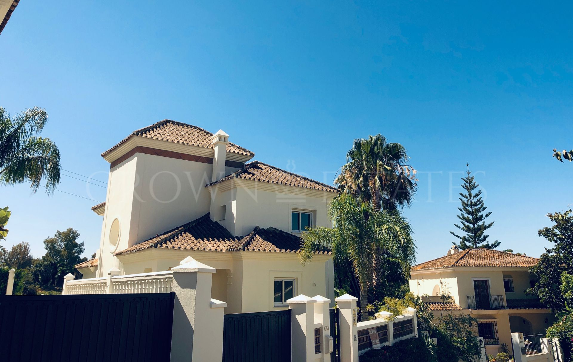 Villa for sale in Guadalmina Alta, San Pedro de Alcantara