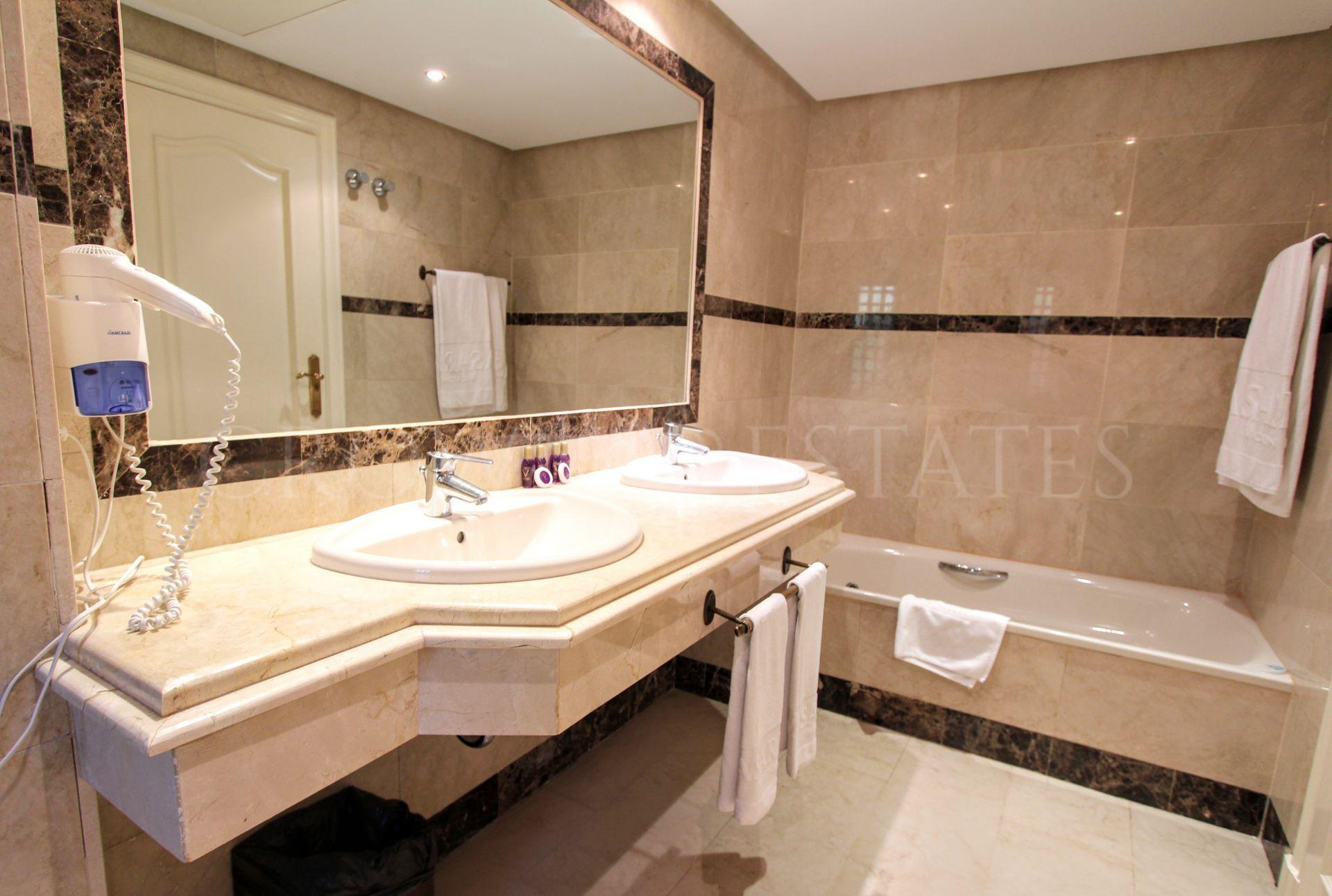 Apartment for sale in Marbella - Puerto Banus