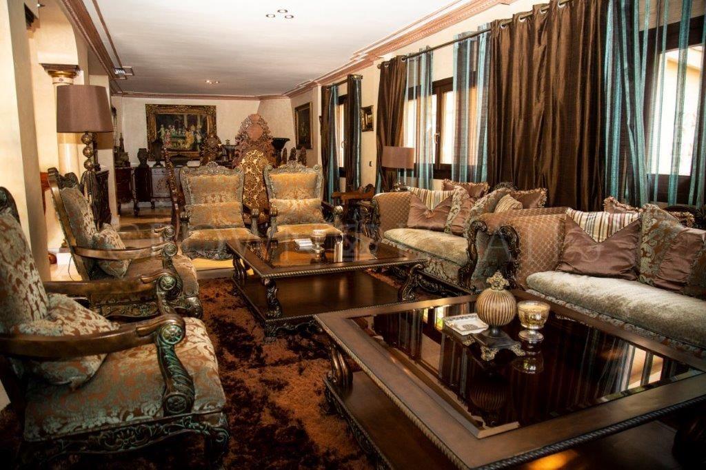 Fantastic villa located in one of the best áreas of Nueva Andalucia, Marbella