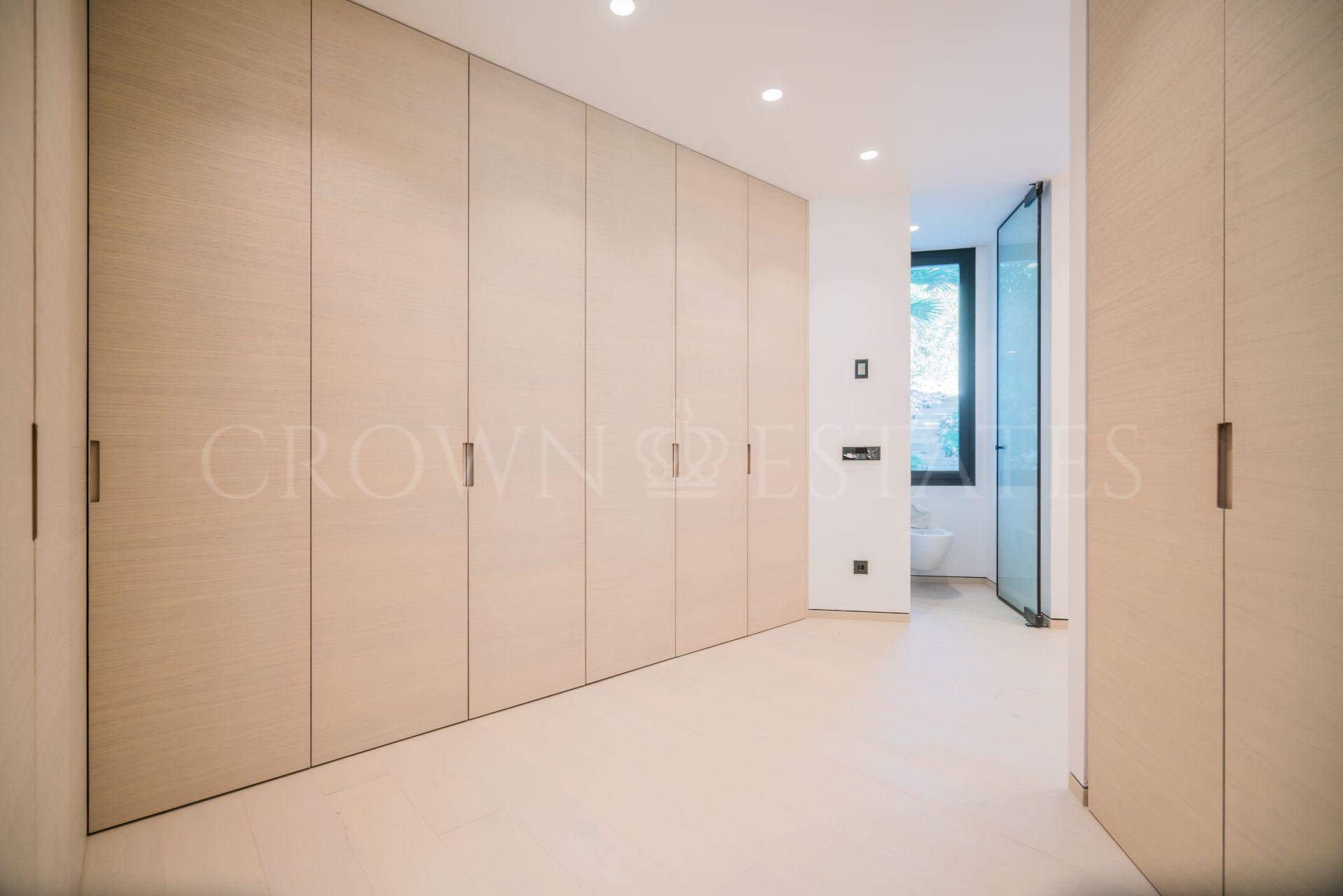 Brand New Stylish Contemporary Luxury Villa, Haza del Conde, Nueva Andalucía