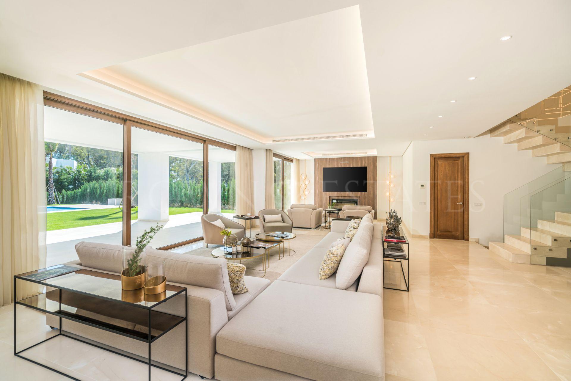 Stunning Contemporary Villa in Guadalmina Baja, San Pedro de Alcantara