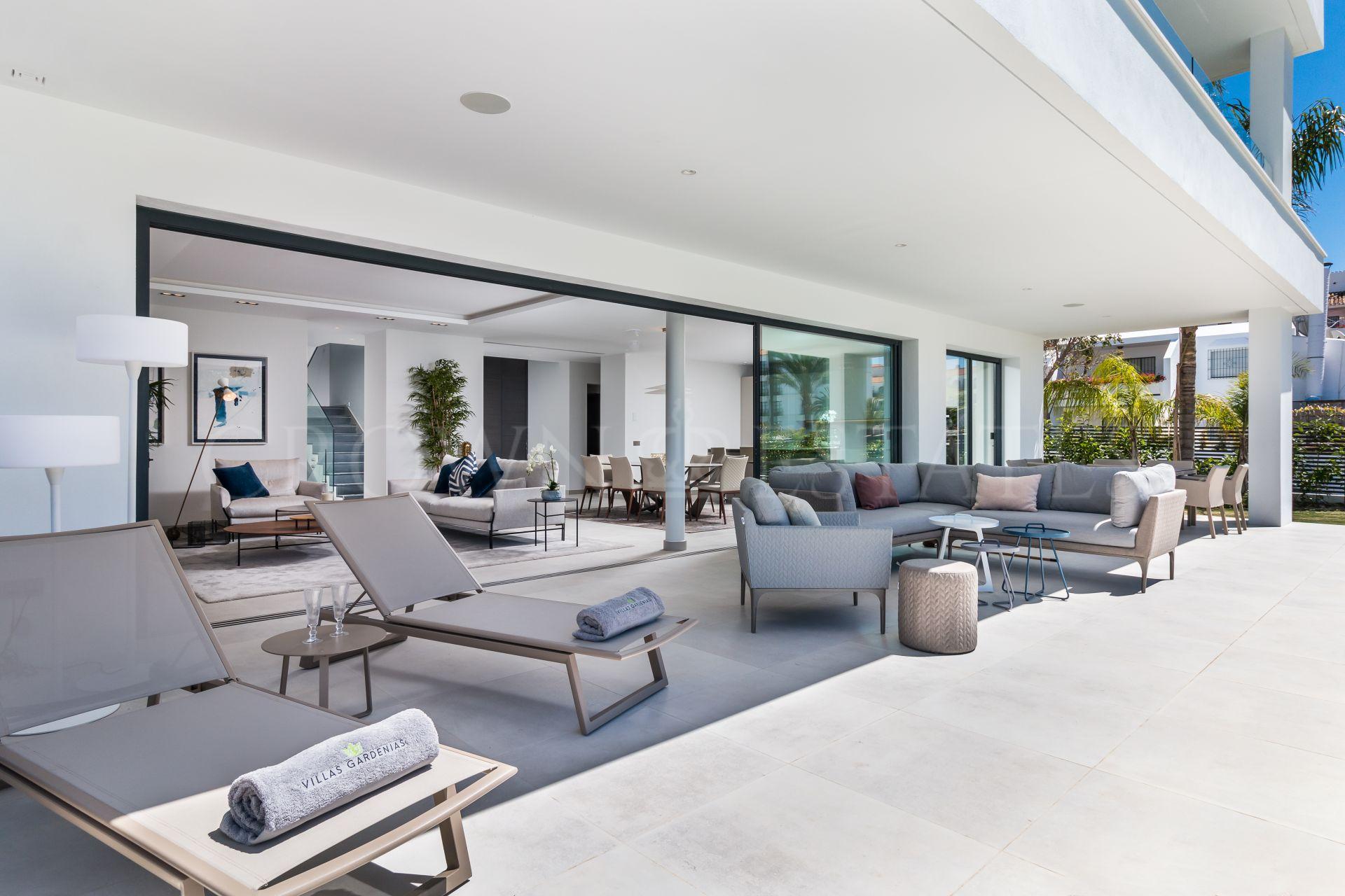 Villa for sale in Marbella - Puerto Banus
