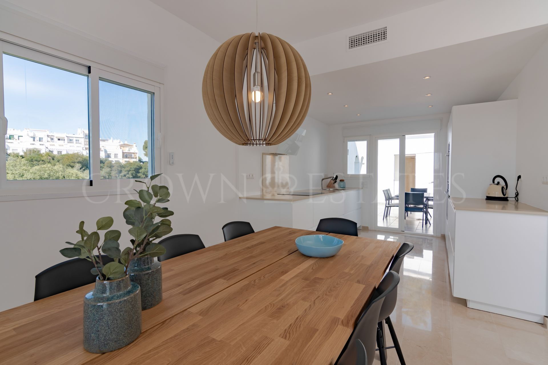Completely renovated townhouse in Nueva Andalucia
