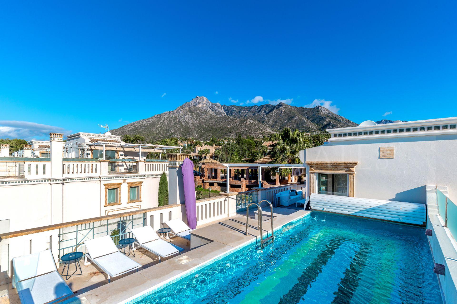 Sophisticated family townhouse in Sierra Blanca,Marbella