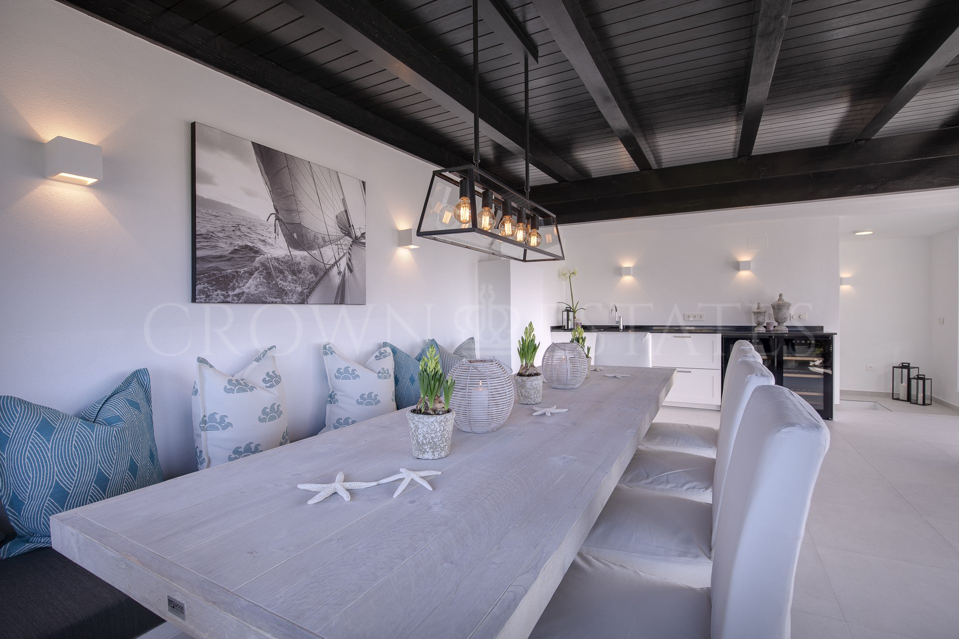 Wonderful and modern duplex penthouse in Nueva Andalucia