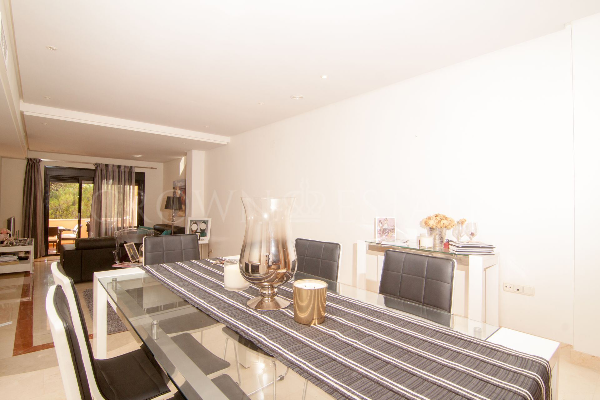 Charming two bedroom in Puerto Banus