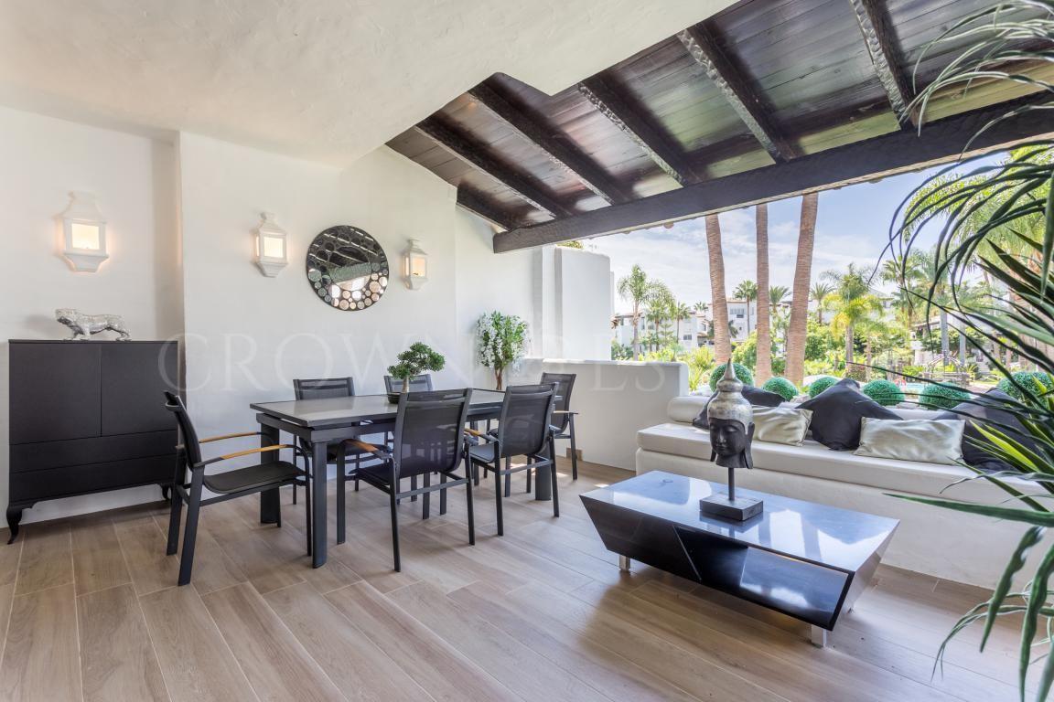 Corner Apartment en Marina Puente Romano
