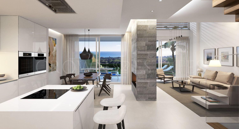 Villa for sale in Cabopino, Marbella East