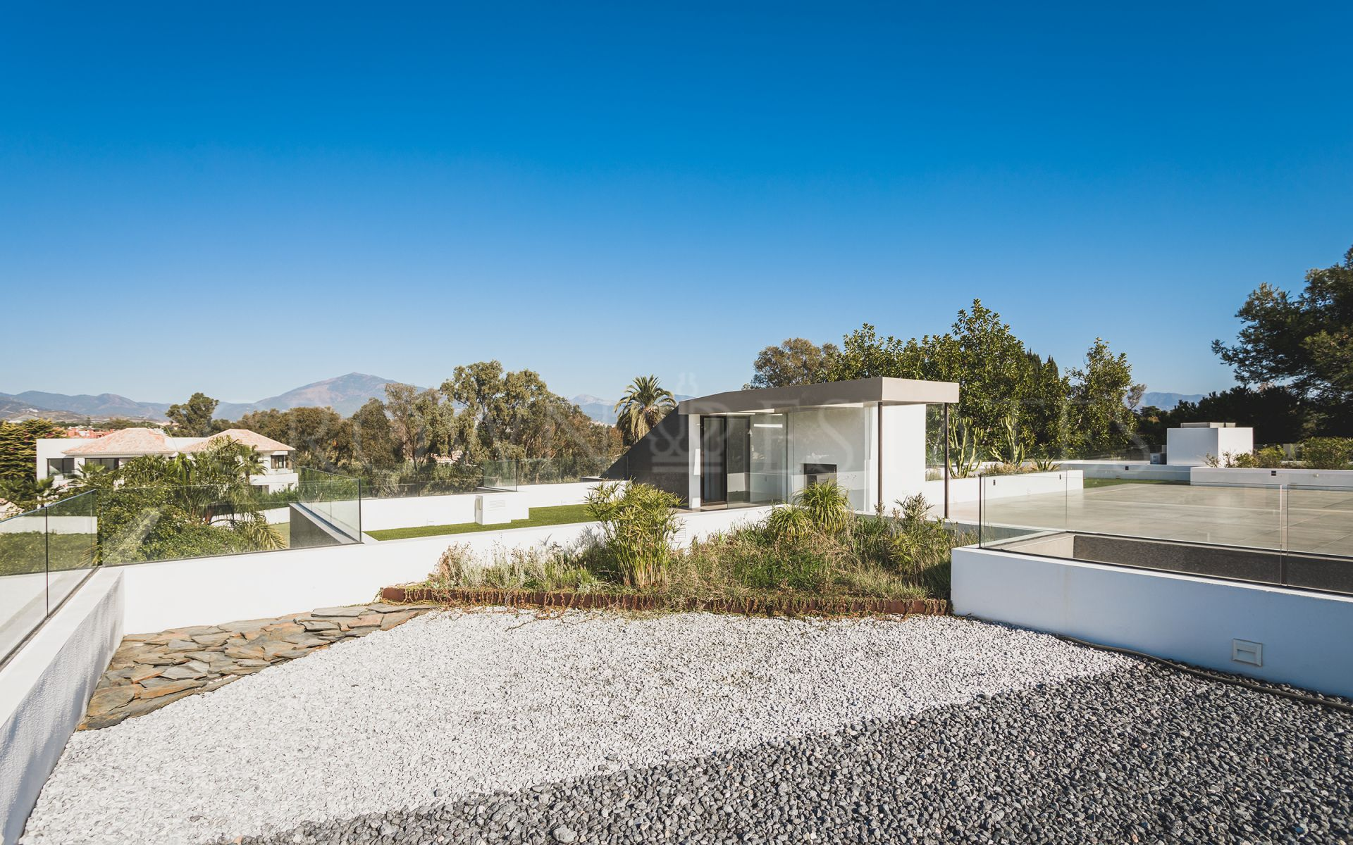Stunning Modern Villa Steps Away from the Beach!