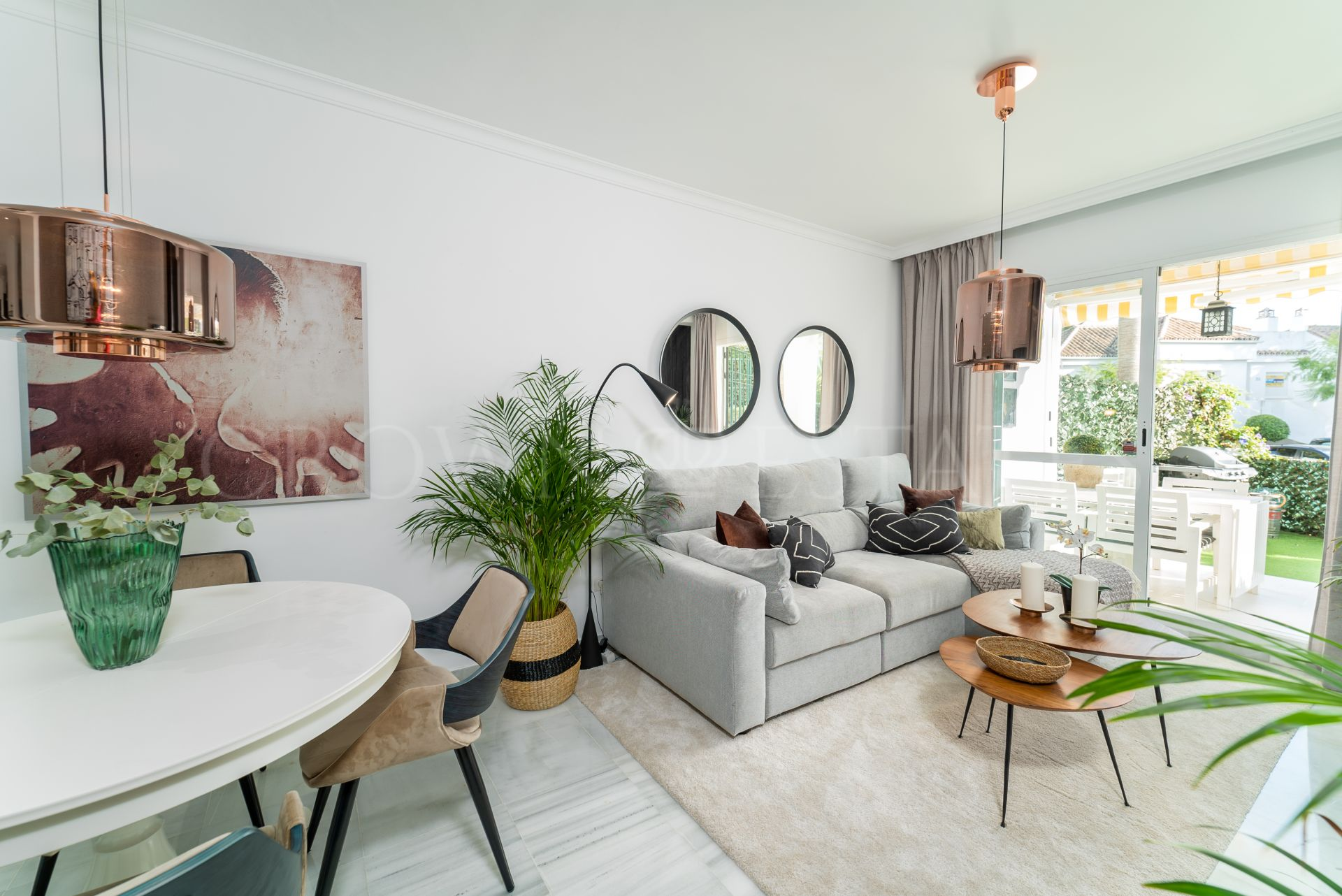 Cozy Two Bedroom Apartment With large Terrace