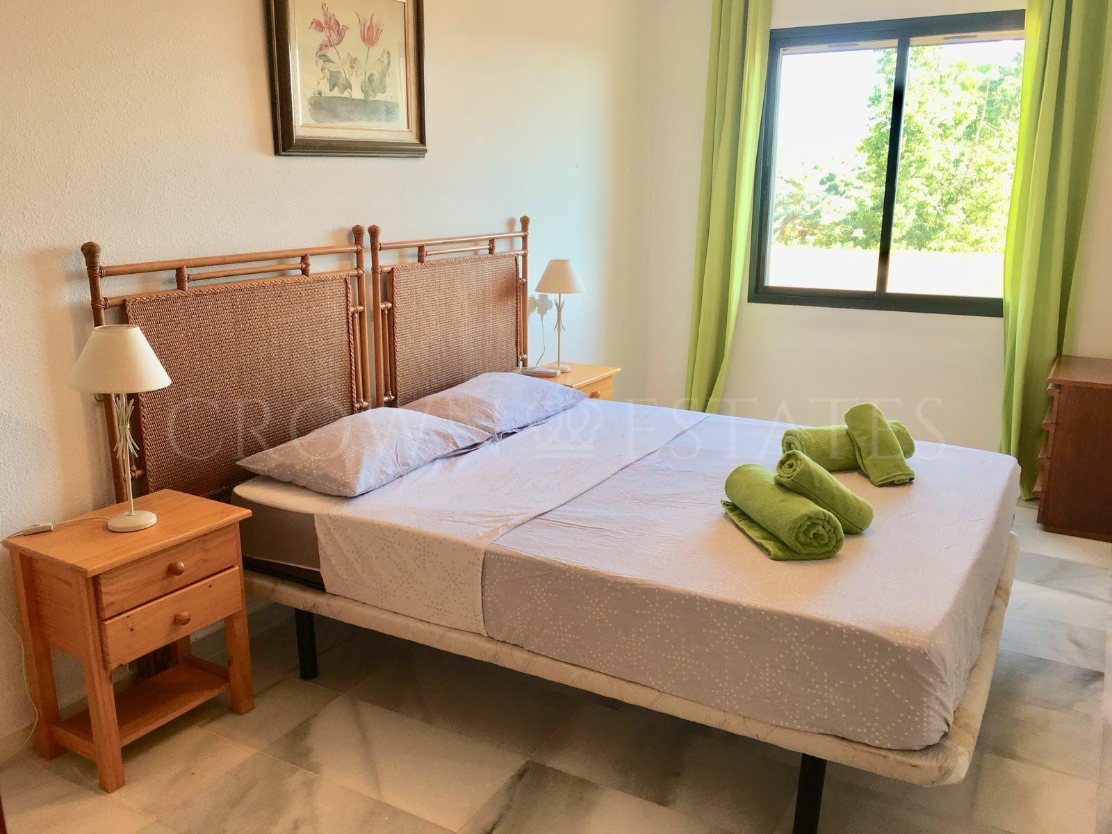 Great value 2 bed 2 bath Penthouse at Terrazas de Bel-air.