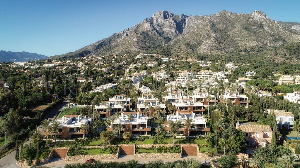 Le Blanc, unique design villas with panoramic views in Sierra Blanca.