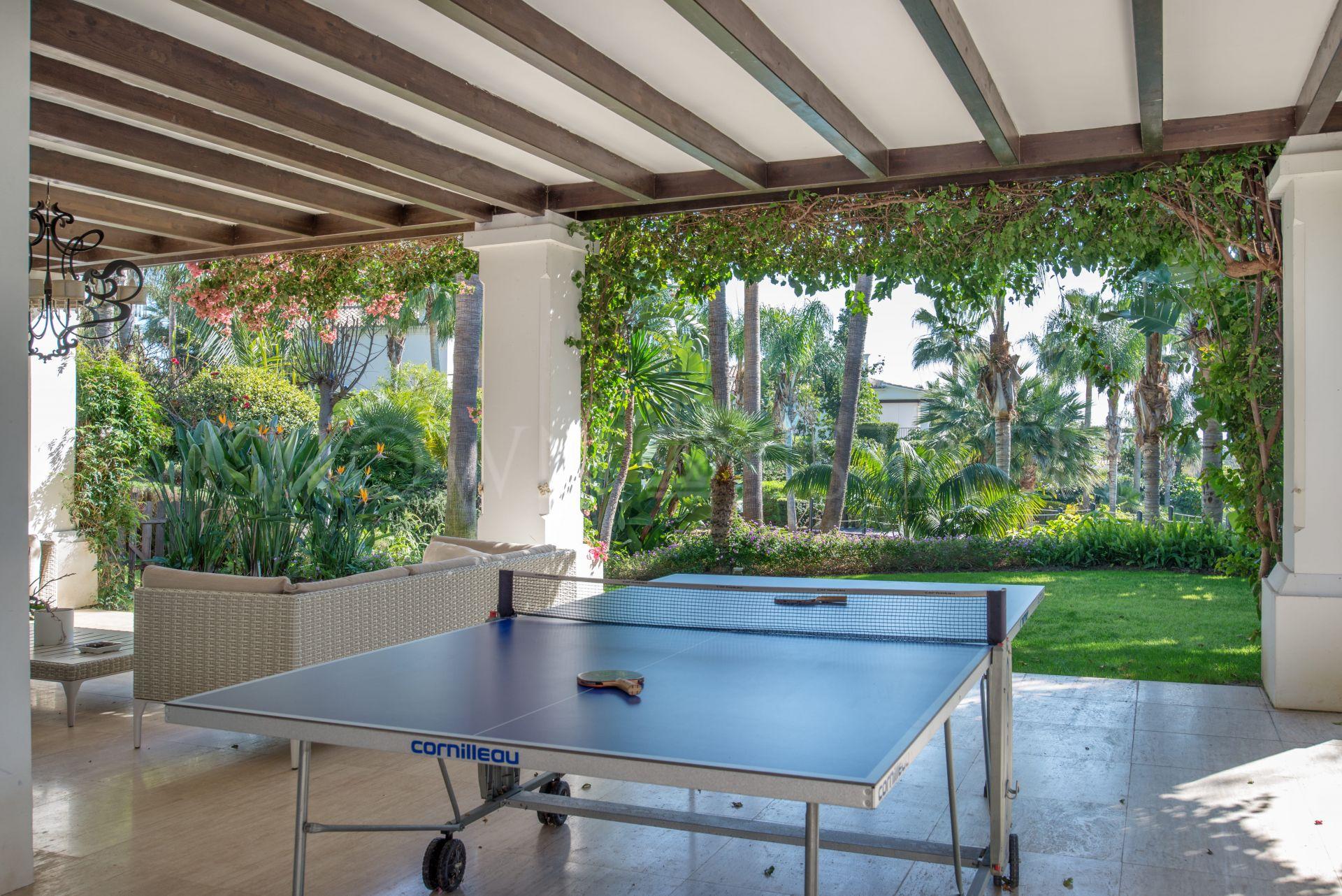 Villa in Las Lomas de Marbella Club, in gated community and 24 hour security