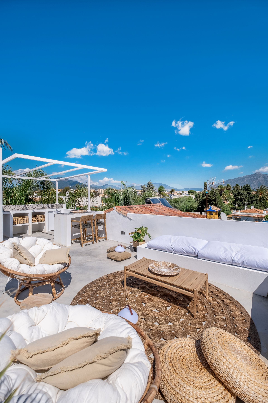 Villa te koop in Linda Vista Baja, San Pedro de Alcantara