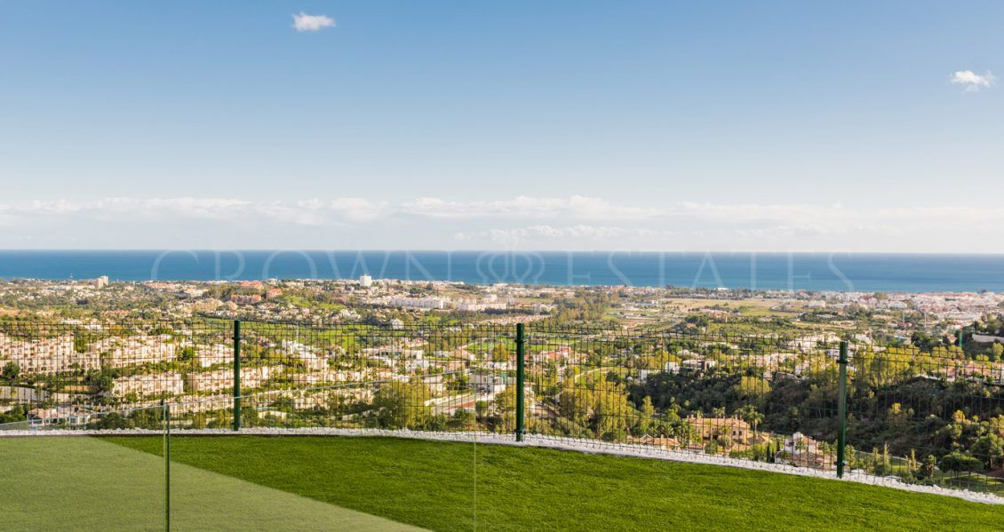 BYU HILLS is a pearl at the Costa del Sol, consisting of 24 apartments spread over three buildings.