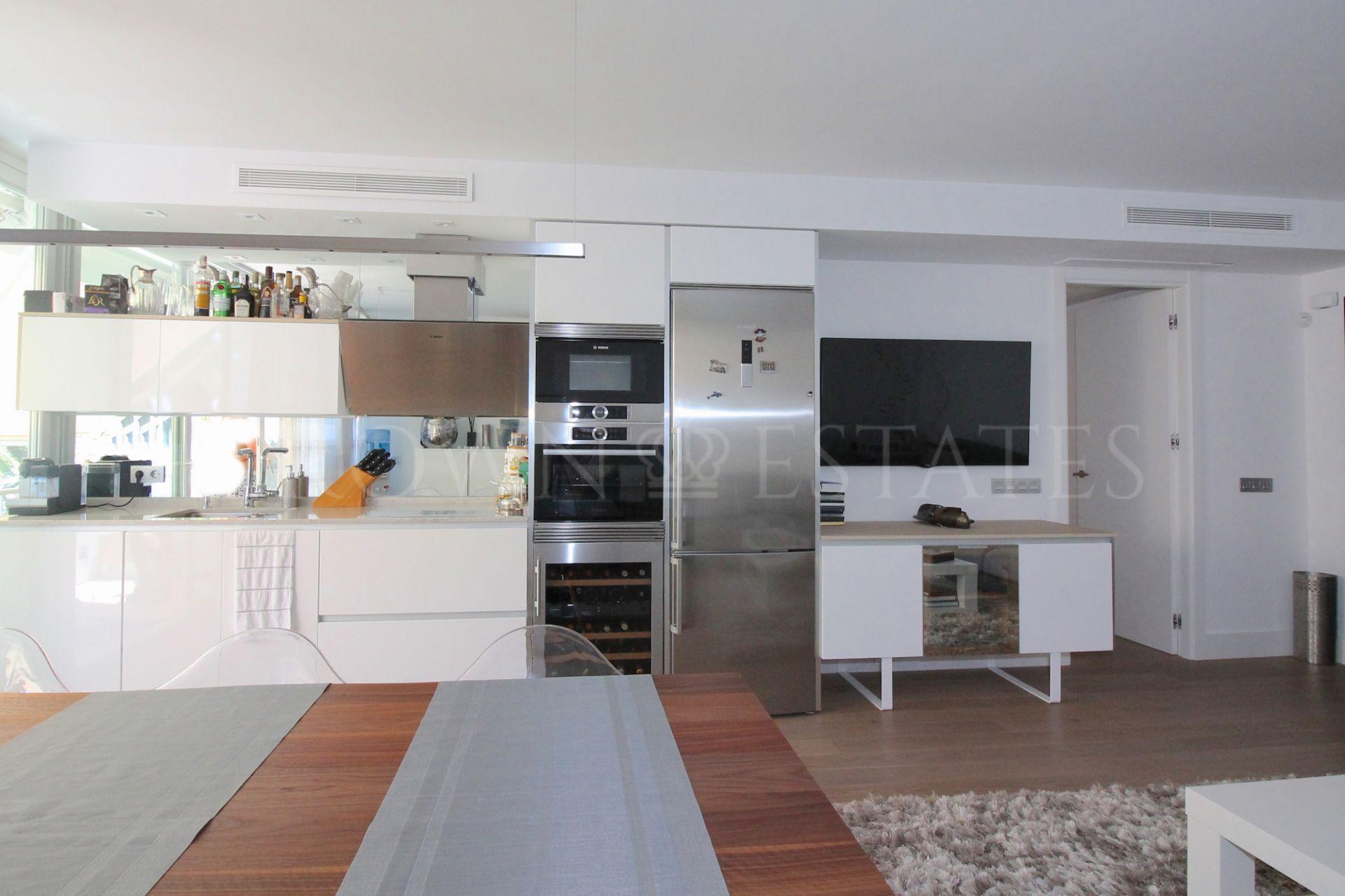 Apartment for sale in Port Oasis, Marbella Golden Mile
