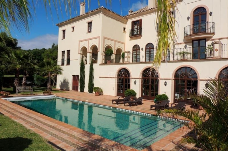 Villa for sale in La Reserva, Sotogrande