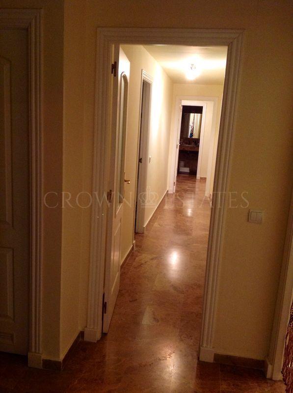 3 bedroom apartment for short rent in San Pedro de Alcantara near the beach