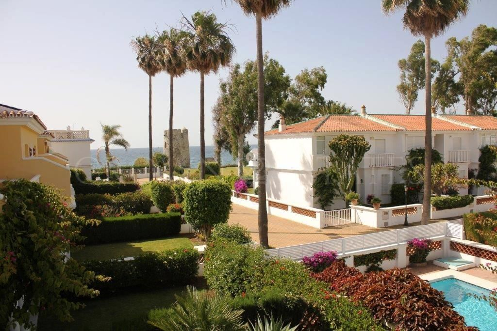 Beautiful villa located in Marbella, Guadalmina Baja