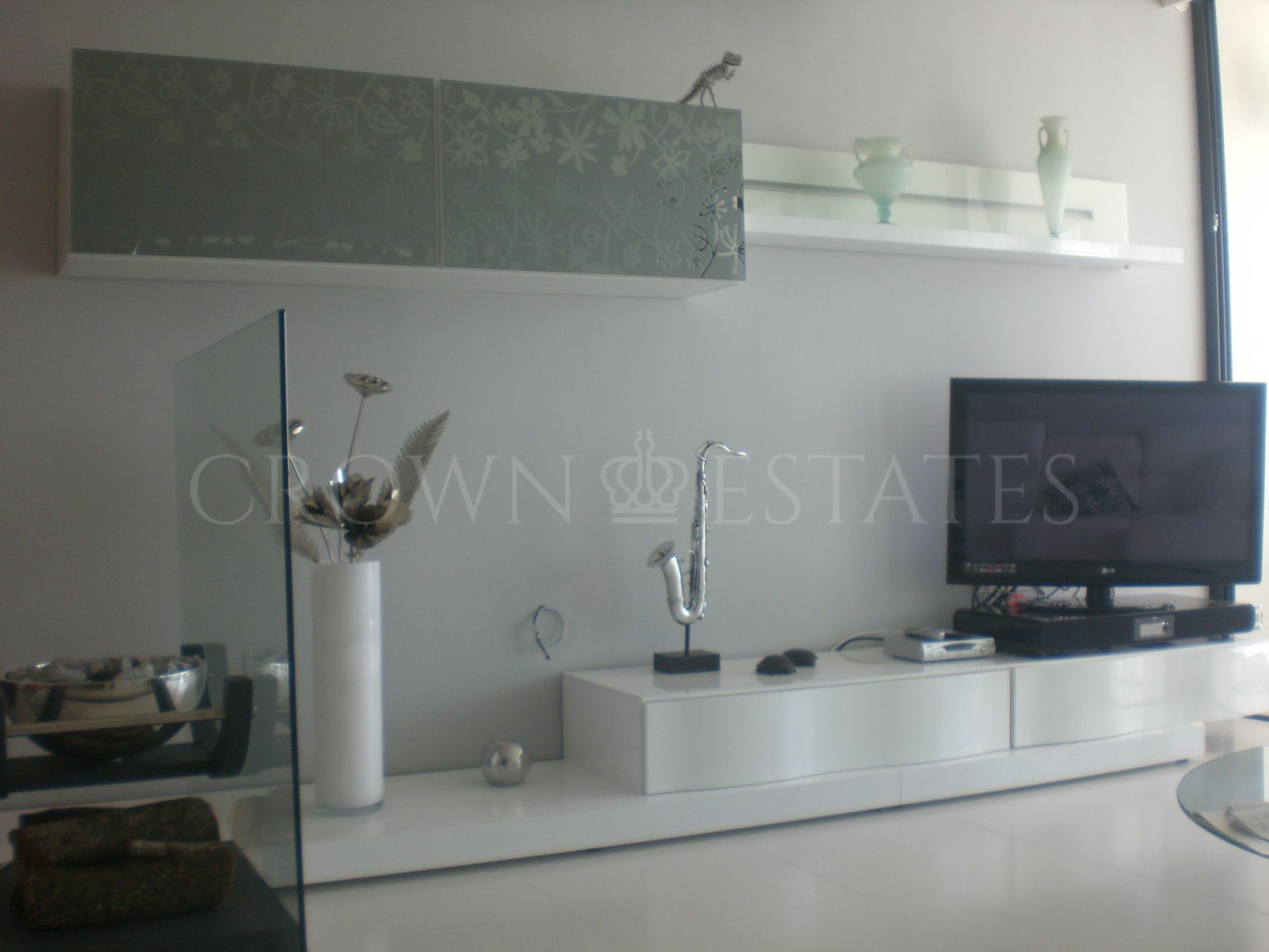 Beautiful apartment , is located in the heart of Puerto Banus