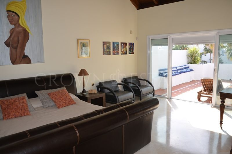 5 bedroom duplex penthouse located in Marbella