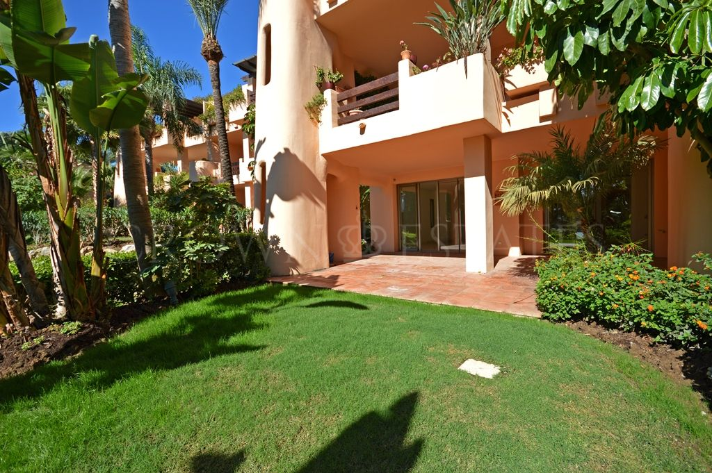 Ground Floor Apartment for sale in Mansion Club, Marbella Golden Mile