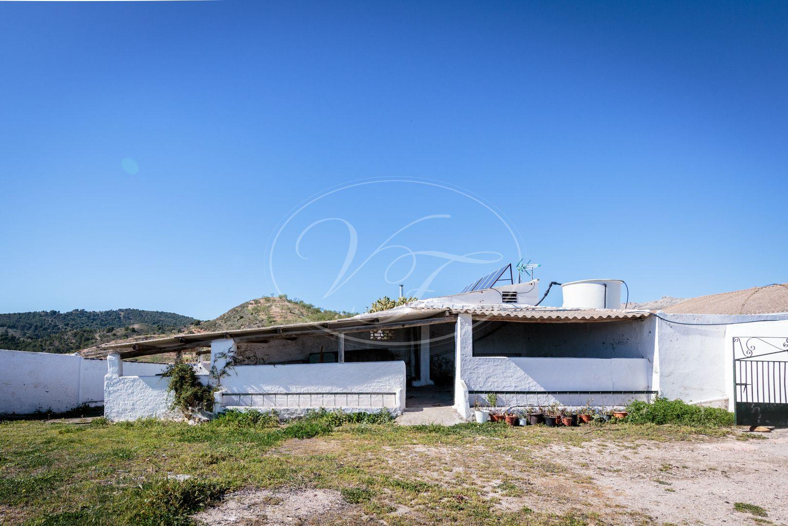 Cortijo for sale in Ardales