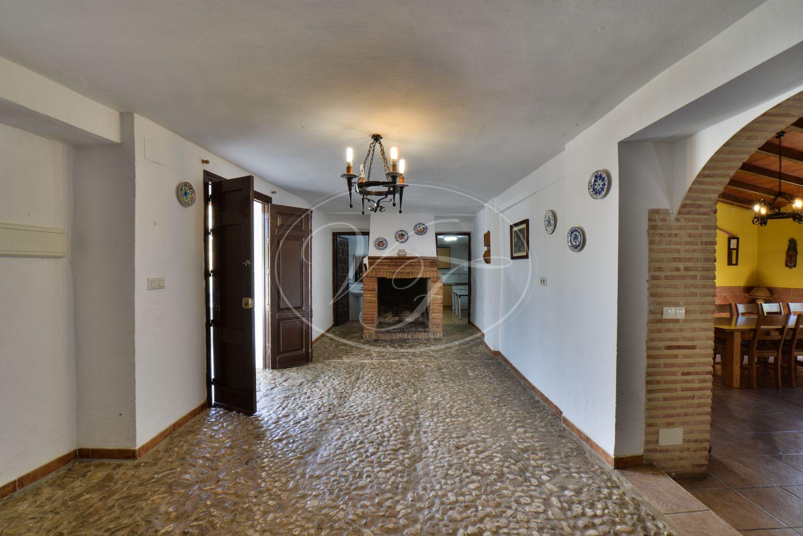 Cortijo for sale in Antequera