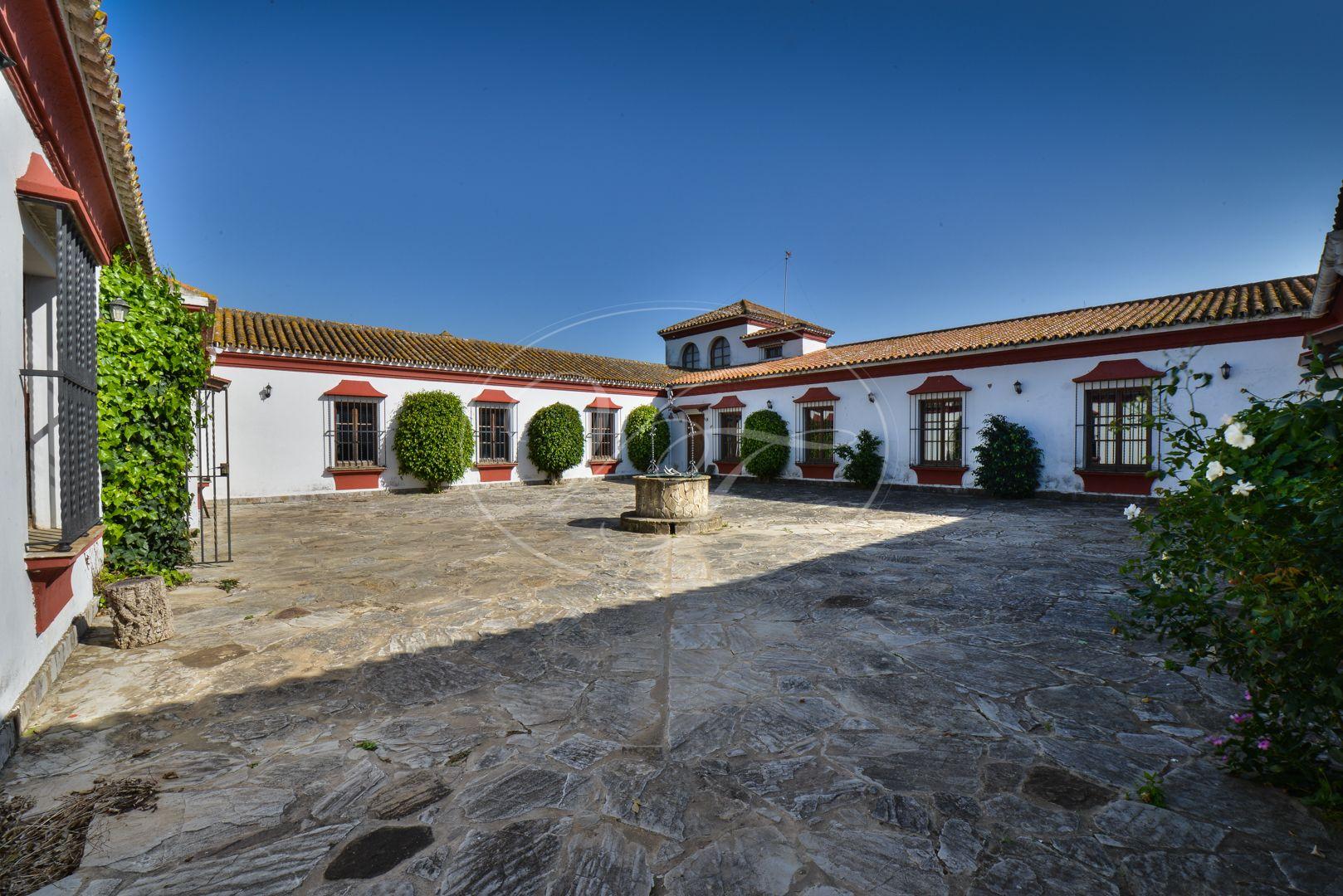 Cortijo for sale in Los Barrios