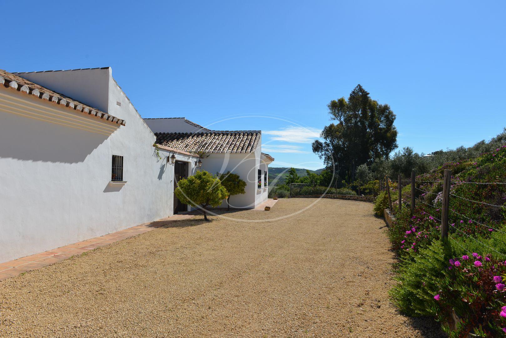 Country House for sale in Villanueva de la Concepción