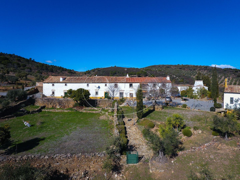 Cortijo for sale in Cordoba